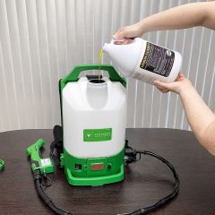 Victory Cordless Electrostatic Backpack Sprayer pour